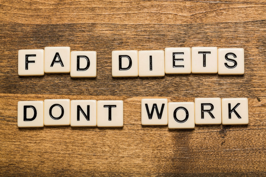 Fad Diets Don't Work sign
