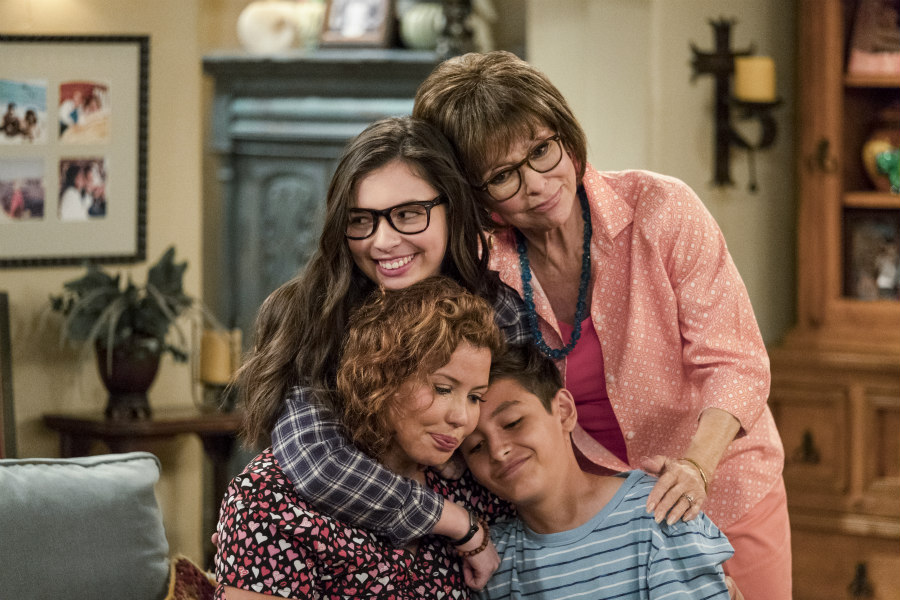 Justina Machado, Isabella Gomez, Rita Moreno, Marcel Ruiz in One Day At a Time