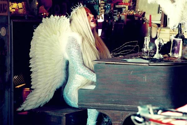 Kesha in the Praying video