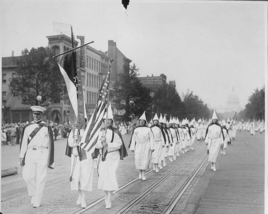 Ku Klux parade on Pennsylvania Avenue in Washington, D.C. in 1928