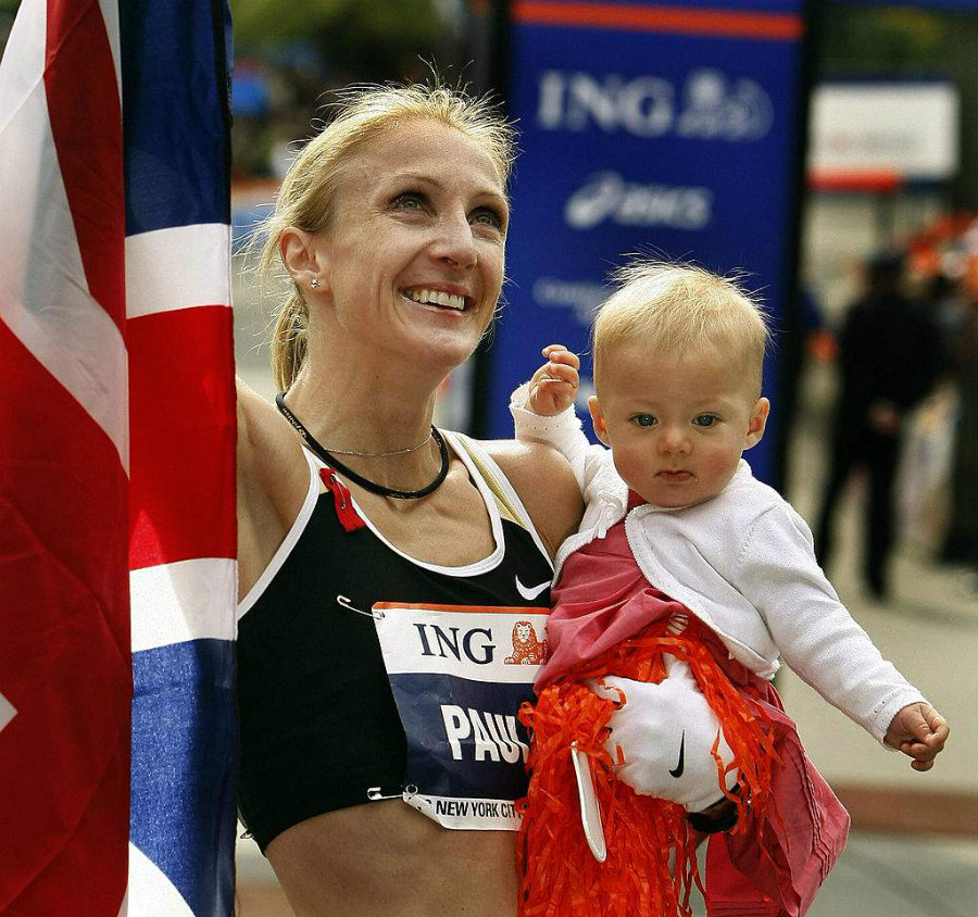 Paula Radcliffe with her daughter after winning the 2007 New York City marathon