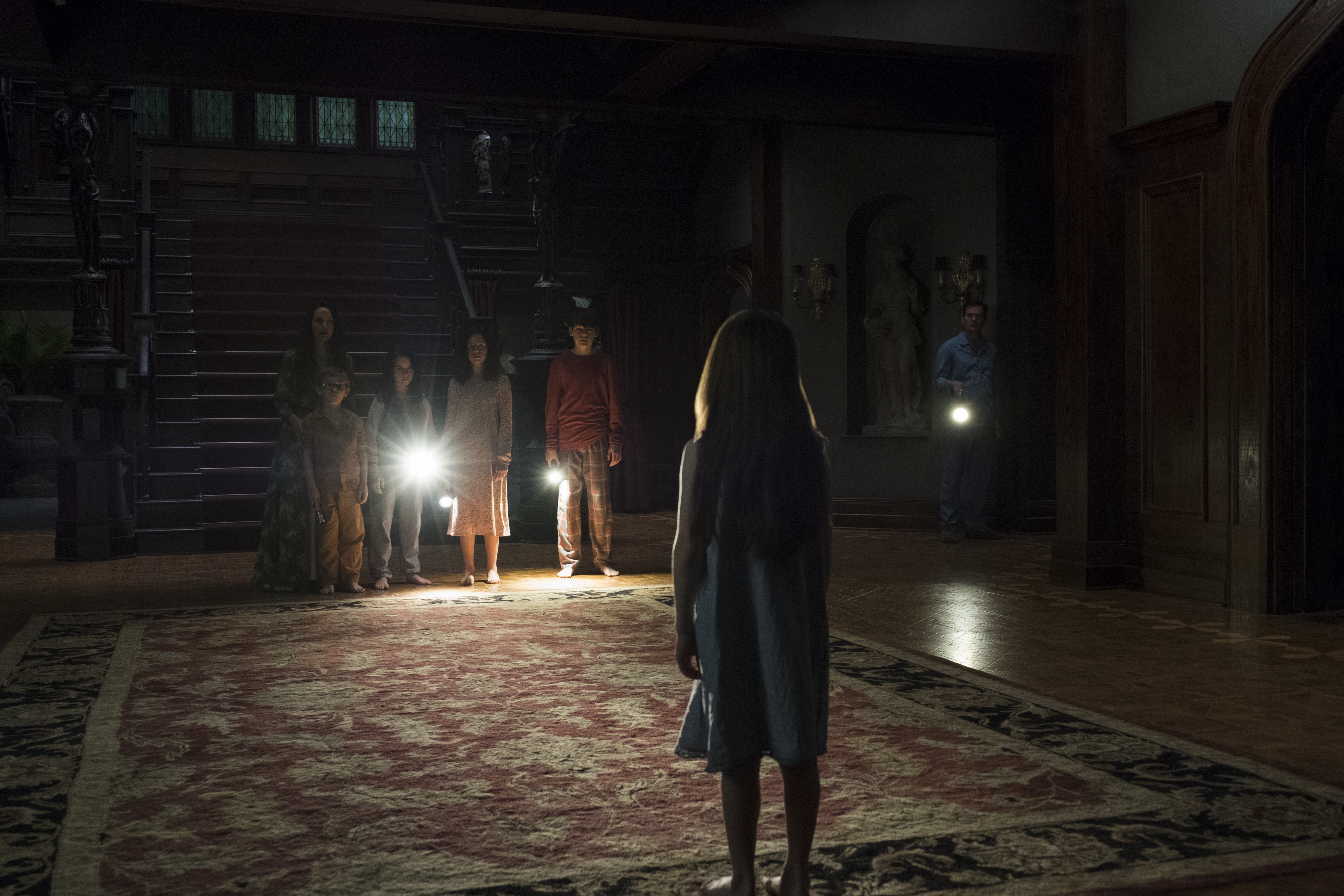 Grief And Trauma Are The Lurking Horrors In The Haunting Of Hill House Bitch Media