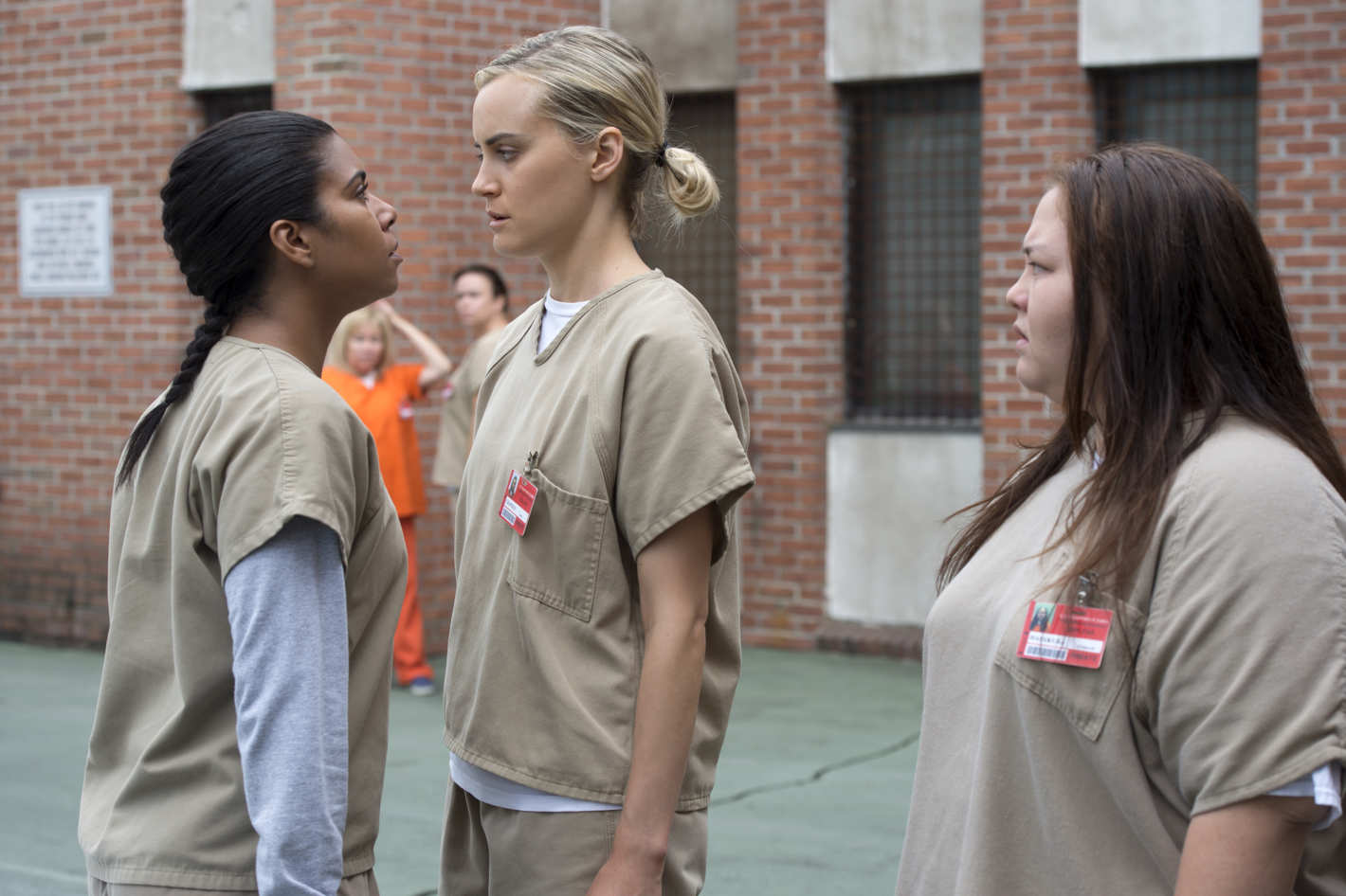 a Latina woman who's incarcerated confronts a white woman who's incarcerated on Orange is the New Black