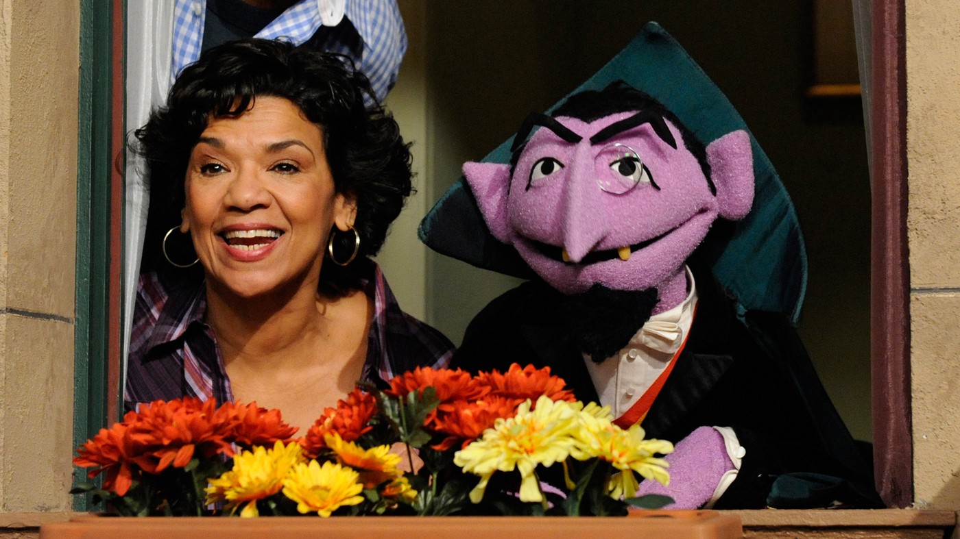 Maria and the count on Sesame Street