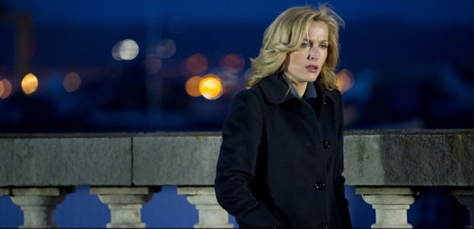 gillian anderson in the fall as detective stella gibson