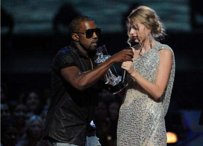 kayne west grabbing the mic from taylor swift at the vmas