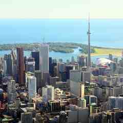 a photo of Toronto's skyline