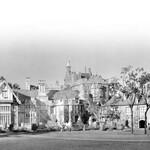 Black and white image of Manderley Mansion