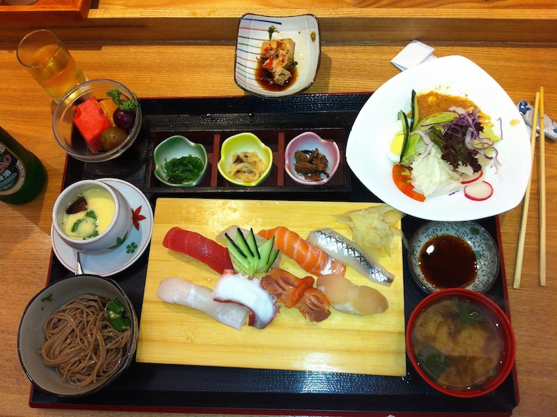 a platter of edomae style sushi