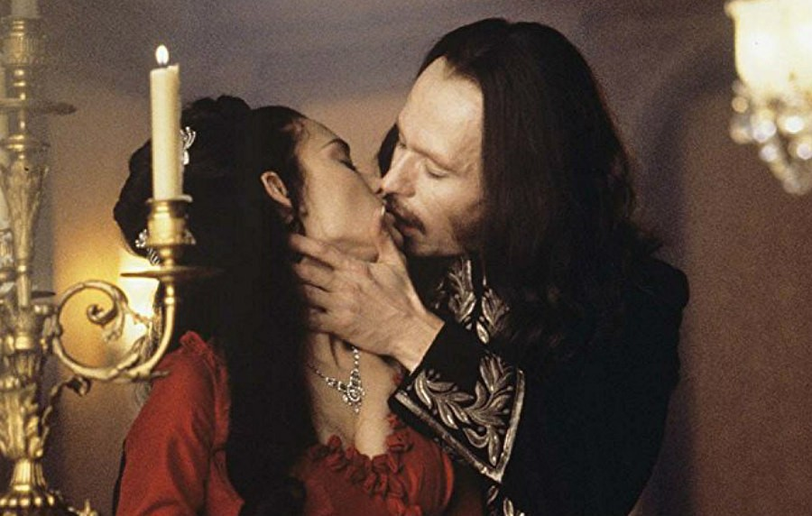 Gary Oldman and Winona Ryder in Dracula
