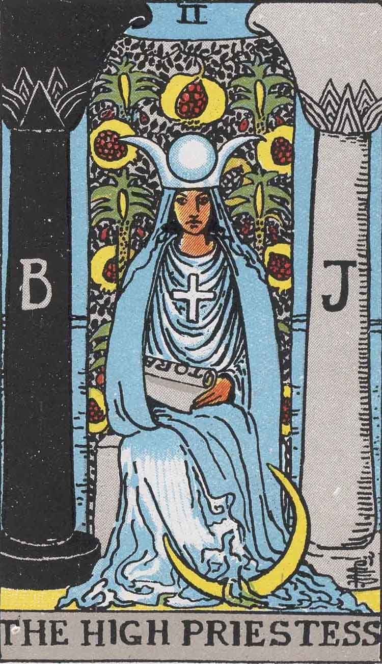 Rachel True and Other Tarot Readers on Pamela Colman Smith's