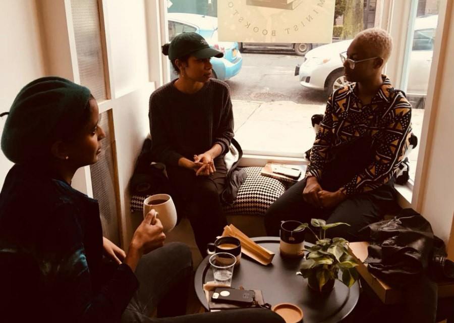 customers at Cafe con Libros