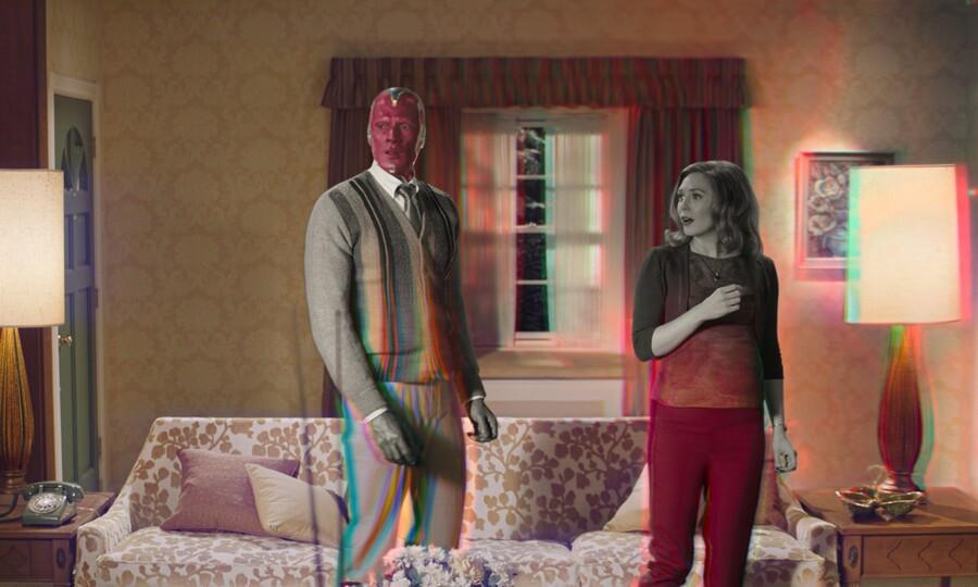 Wanda Maximoff (Elizabeth Olsen) and Vision (Paul Bettany) in WandaVision.