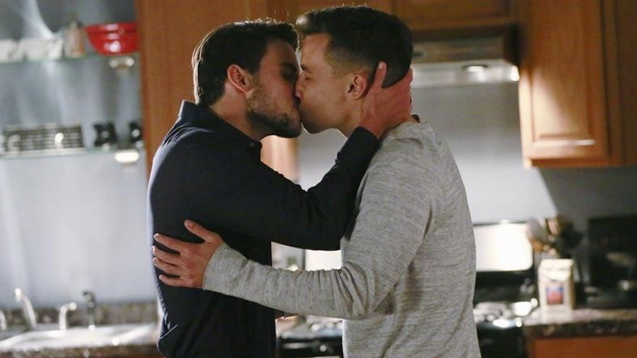 Oliver and Jack kiss on How to Get Away With Murder