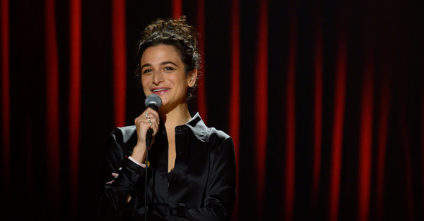 """Jenny Slate's """"Stage Fright"""" Is Vulnerable, Hilarious, and Very Jewish"""
