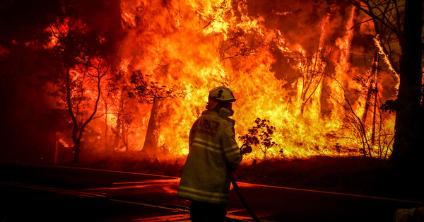 Australian Politicians Deny Climate Change as Their Country Burns