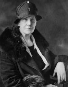 anna jarvis, wearing a cool hat
