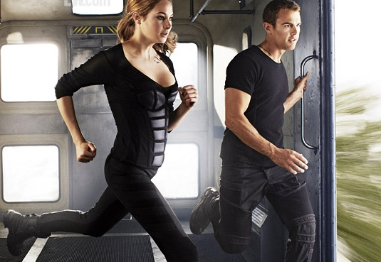 the stars of Divergent run to jump off a train